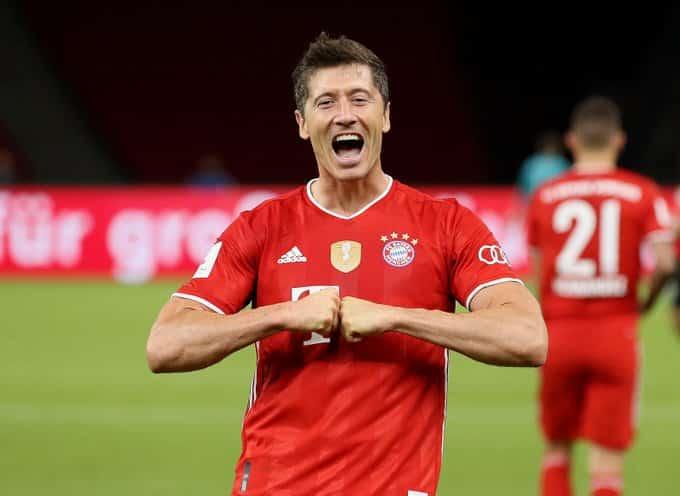السداسية هدف ليفاندوفسكي بعد تتويج بايرن ميونيخ بـ كأس ألمانيا