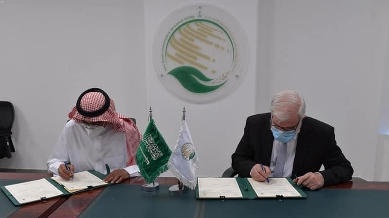 سلمان للإغاثة يوقع اتفاقية لتشغيل مركز الأطراف الصناعية في مأرب وتعز