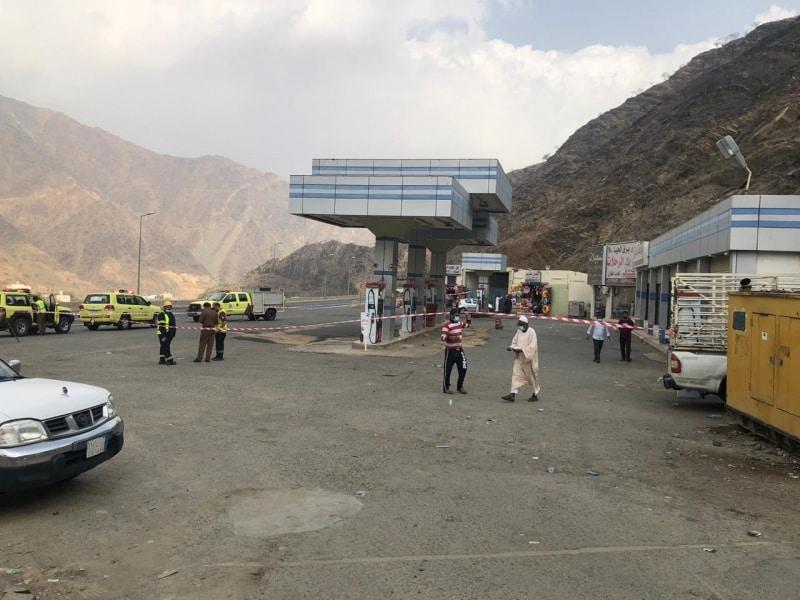 انقطاع خرطوم تعبئة البنزين في محطة وقود عسير والمدني يتدخل - المواطن