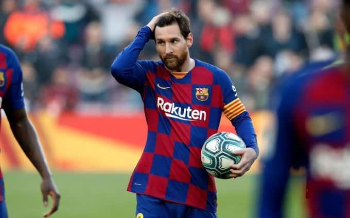 """ميسي يحصد جائزة """"البيتشيتشي"""" بعد نهاية موسم Barcelona"""