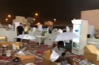 فيديو.. أمطار متوسطة على مزدلفة والمشاعر المقدسة - المواطن