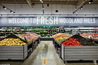 أمازون تفتتح أول متجر لها للبقالة الطازجة في كاليفورنيا