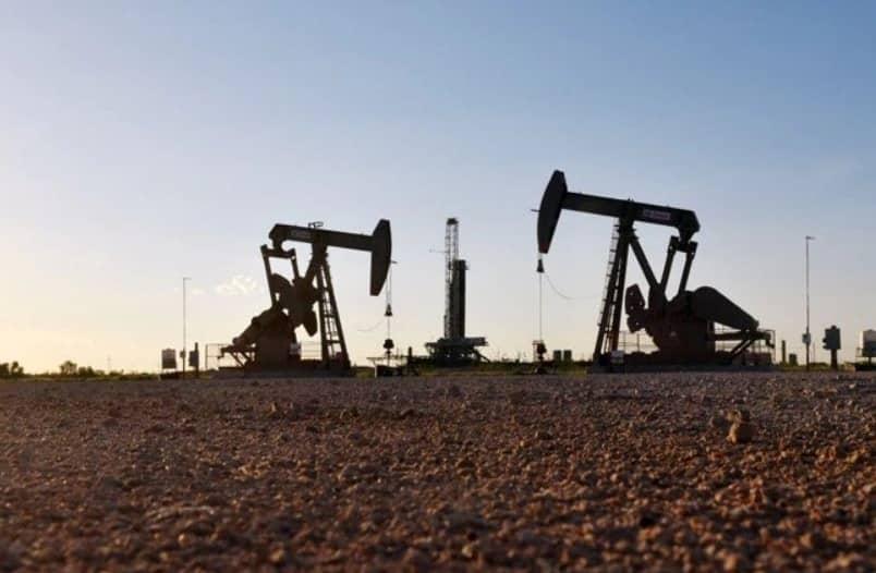 أسعار النفط تقفز أكثر من 5% بفعل تطورات صحة ترامب