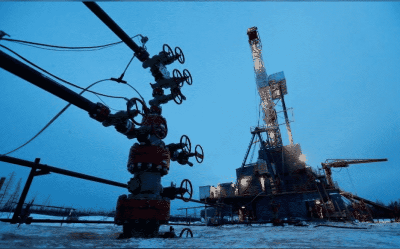 انخفاض أسعار النفط بسبب المخاوف من ارتفاع إصابات كورونا
