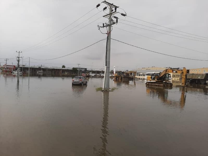 فيديو وصور.. تجمعات مياه الأمطار تحاصر صناعية جازان