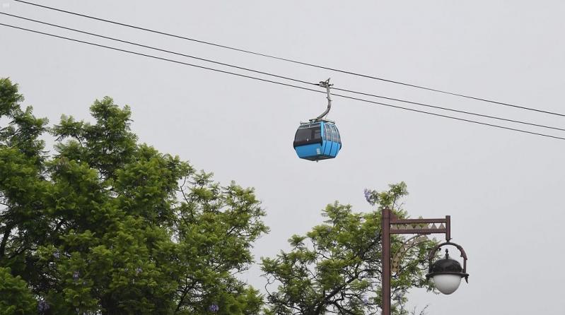 صور.. عربات التلفريك تلامس ضباب أبها على ارتفاع 3 آلاف متر - المواطن