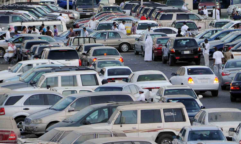 فيديو.. سبب ارتفاع أسعار السيارات المستعملة في السعودية ...