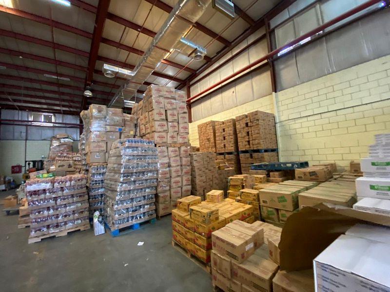ضبط 250 طناً من المنتجات الغذائية المخالفة وقوارض في المستودع!
