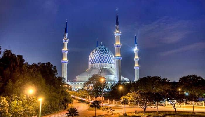 المسجد الأزرق صرح إسلامي دخل موسوعة جينيس وأفئدة المسلمين