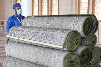 إعادة فرش توسعات المسجد النبوي وساحاته - المواطن