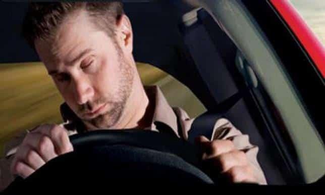4 نصائح من أمن الطرق لتفادي النوم أثناء القيادة