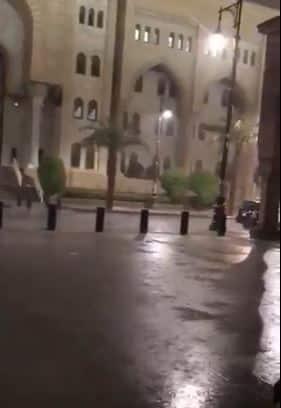 فيديو.. أمطار على ساحات المسجد النبوي