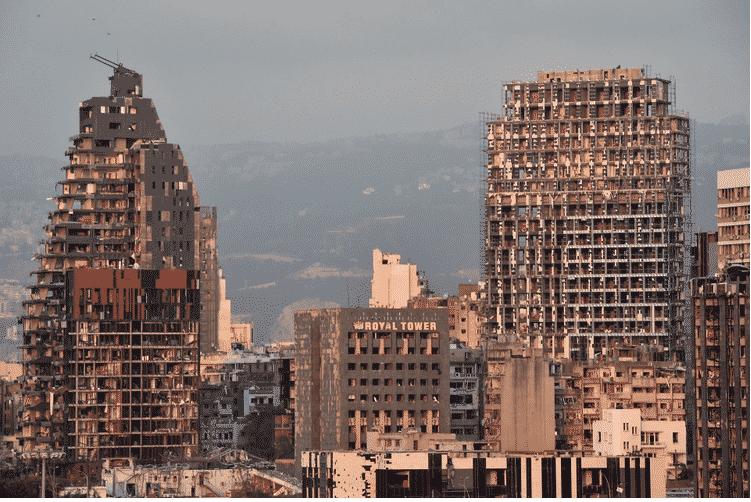 عون: لا نستبعد التدخل الخارجي في انفجار بيروت