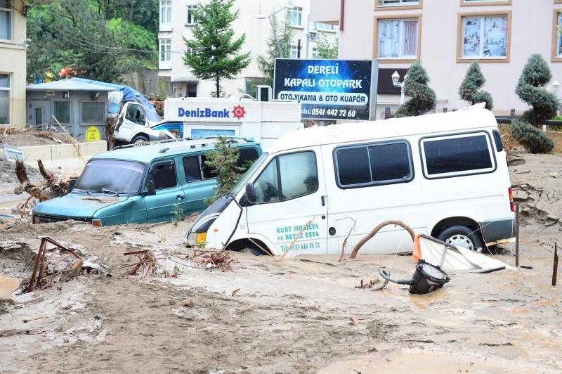 بعد الاكتشاف النفطي الأخير فيضانات تضرب ساحل البحر الأسود التركي
