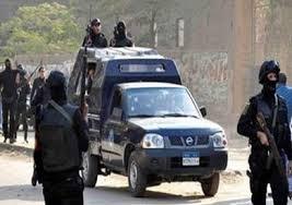 جريمة مروعة بمصر.. شاب يقتل أمه ويرمي شقيقه من الطابق الرابع