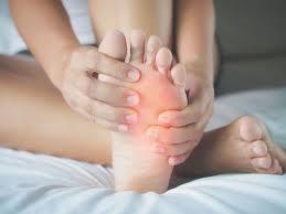 طرق مفيدة لعلاج تورم القدمين