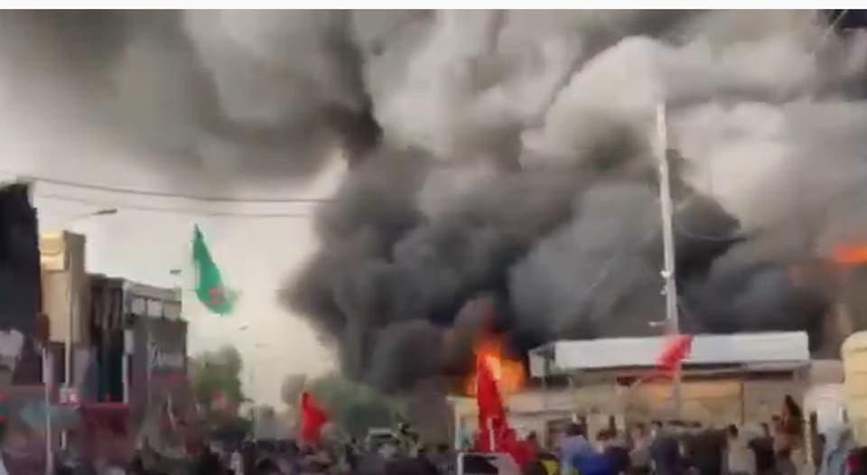 فيديو.. حرق مقر قناة دجلة بسبب بث أغانٍ ليلة عاشوراء
