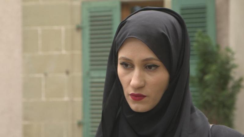 زوجة طلال آل ثاني: صحته تدهورت بسبب التعذيب