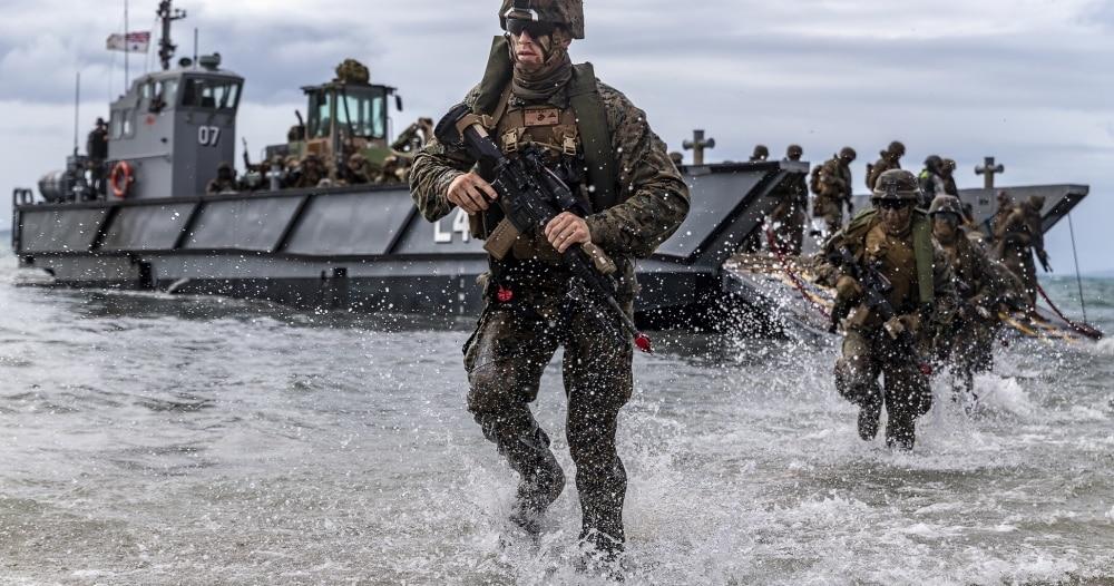 فقدان 9 من نخبة المارينز الأمريكي في تدريب عسكري بالمحيط الهادي