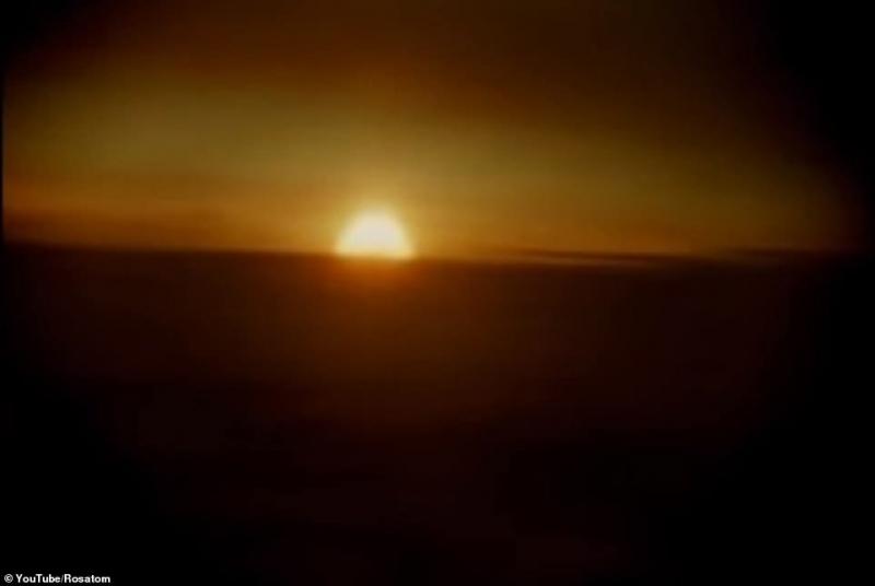 لقطات سرية لتجربة قنبلة القيصر أكبر انفجار نووي في التاريخ