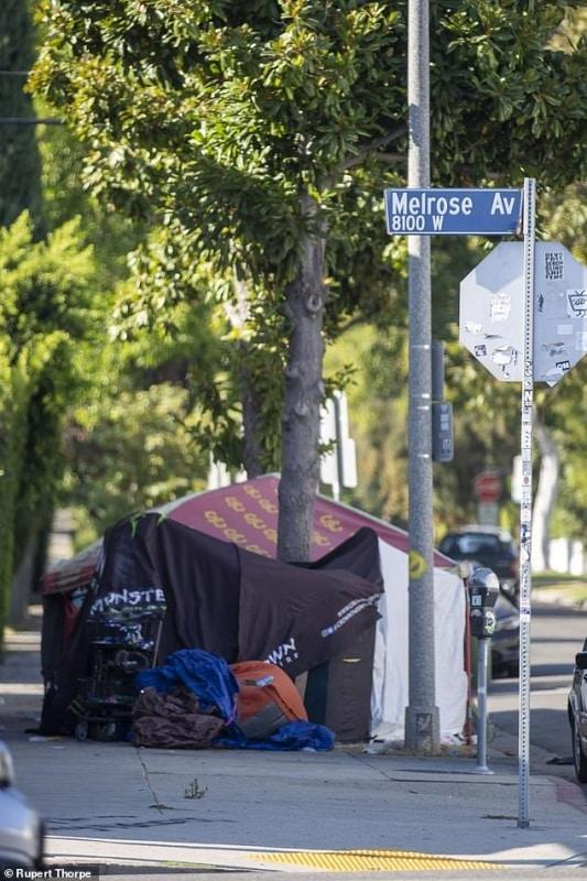 نهاية العالم في هوليوود نزوح الأثرياء بعد توطن المدمنين والمجرمين (2)