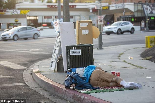 نهاية العالم في هوليوود: نزوح الأثرياء بعد توطن المدمنين والمجرمين