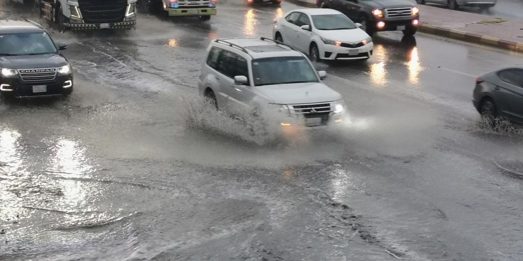 الأرصاد : 7 مناطق على موعد مع الغبار والأمطار الرعدية