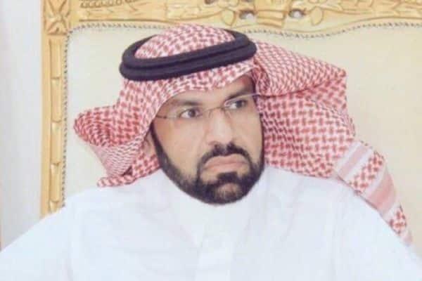 نجاة مدير تعليم عفيف بعد انقلاب سيارته