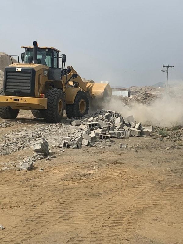 صور.. لجنة التعديات بالمجاردة تستعيد 2000 من الأراضي البيضاء