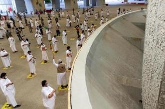 حجاج بيت الله الحرام يكملون رمي الجمرات الثلاث أول أيام التشريق - المواطن