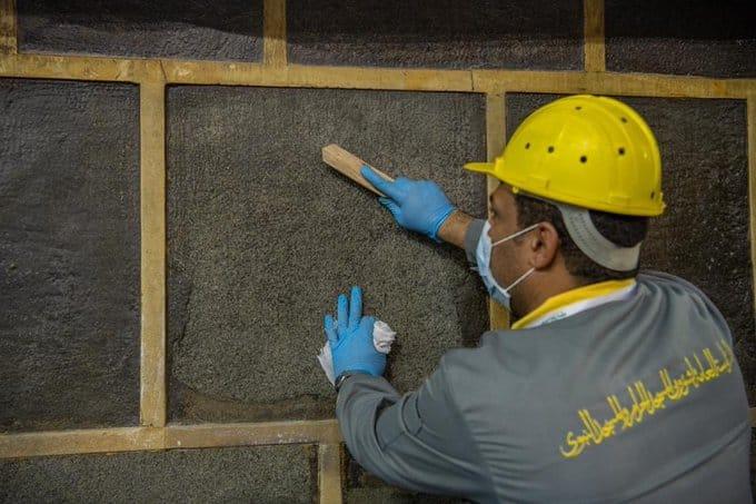 شؤون الحرمين تعلن انتهاء الصيانة الدورية لـ الكعبة المشرفة