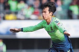 النصر يضم كيم جين سو