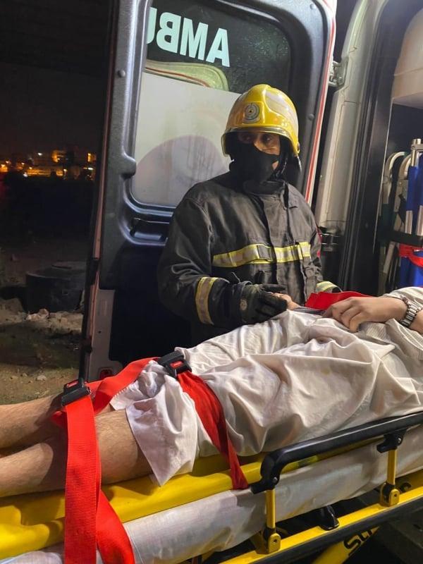 إصابة شخص سقط من فوق كوبري السامر بأبها على ارتفاع 20م - المواطن