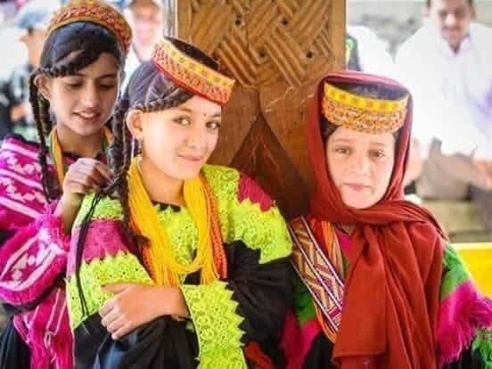 قبيلة هونزا المسلمة يعيش أهلها 160 عامًا ونساؤها ينجبن حتى الـ70