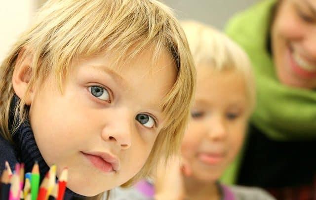 اسئله صعبه مع خيارات مسلية للأطفال
