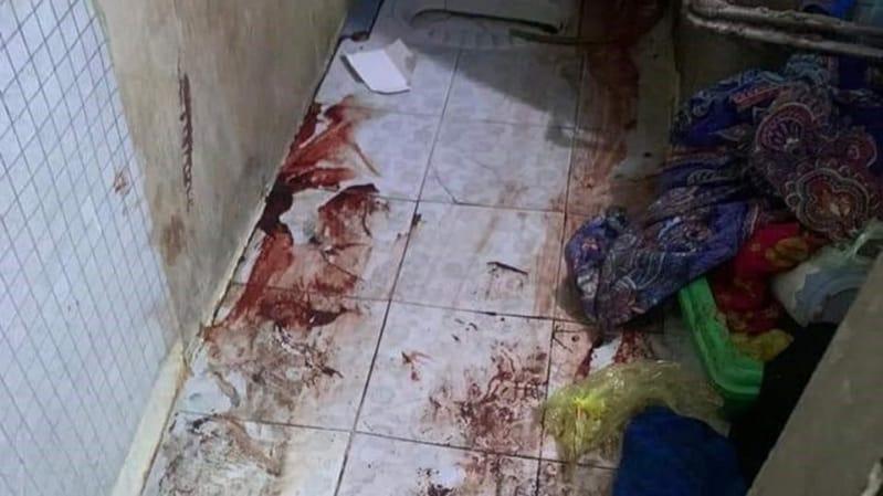 شاب يجمع 5 من أقاربه في حمام المنزل ليقتلهم بالرصاص!
