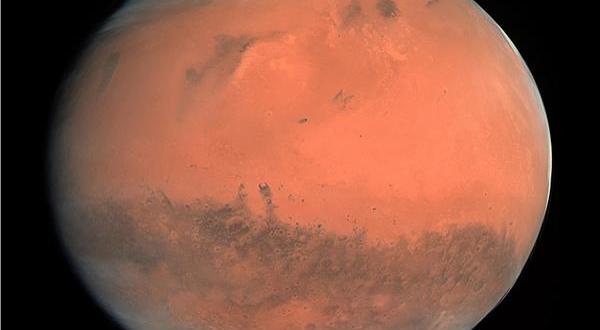 صورة اكتشاف مثير أسفل القطب الجنوبي للمريخ