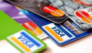 العمولات والفوائد أبرز مخاطر البطاقات الائتمانية - المواطن