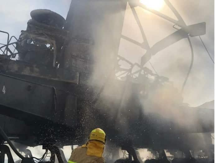 اندلاع حريق في رافعة متحركة بأحد موانئ الكويت