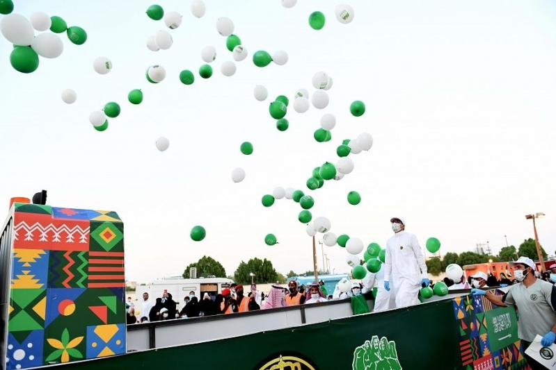 فيديو وصور.. جانب من احتفالات رئاسة الحرس الملكي باليوم الوطني 90 - المواطن