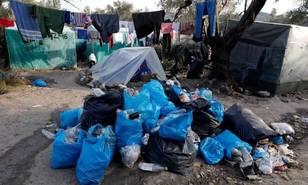 فيديو وصور.. مخيم موريا جحيم مستعر على الأرض (2)