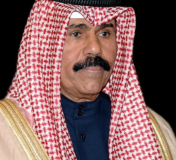 أمير الكويت يقبل استقالة الحكومة ويكلفها بتصريف الأعمال