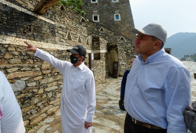 وزير السياحة ما زلنا على المسار الصحيح رغم التحديات غير المسبوقة