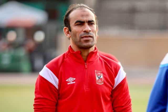 مدير الكرة بـ الأهلي المصري يسخر من رئيس الزمالك