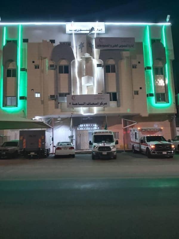 مقرات الهلال الأحمر بالباحة تتزين بالأخضر احتفاء باليوم الوطني