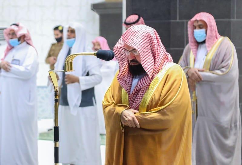 السديس: إقامة صلاة الغائب على الشيخ صباح تعكس عمق الترابط العميق بين المملكة والكويت