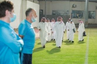 تركي بن طلال يدعم ضمك بزيارة تحفيزية قبل مواجهة الفتح - المواطن