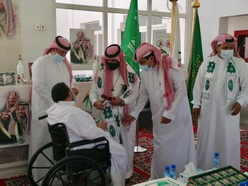 ذوو الإعاقة والأيتام والمسنون بالرياض يشاركون في اليوم الوطني