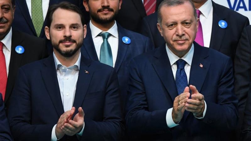 القنوات التركية رفضت نشر استقالة صهر أردوغان فلجأ إلى إنستغرام!