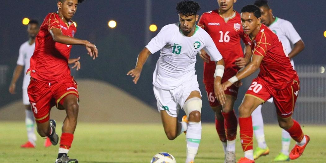 المنتخب السعودي يكسب البحرين بثنائية الناصر